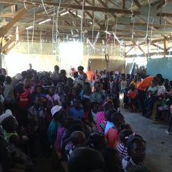 Hundreds of children in Grande Saline were waiting for our arrival!