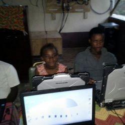 First solar powered computer class in Grande Saline!